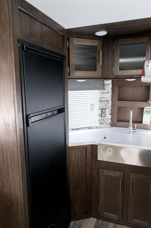 2019 Cherokee Limited 274VFK Travel Trailer
