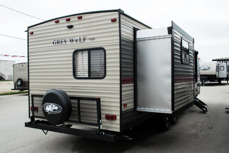 DEAL OF THE WEEK 2019 Grey Wolf Limited 27DBS Travel Trailer