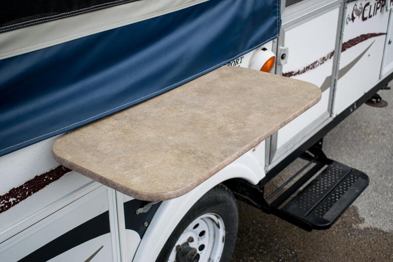 2008 Coachmen Clipper Sport 108ST Tent Camper