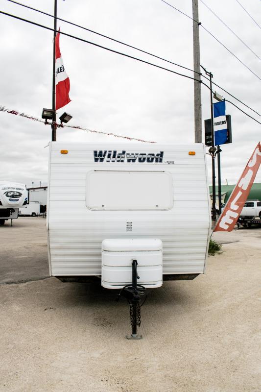 2010 Wildwood 22XLT Travel Trailer