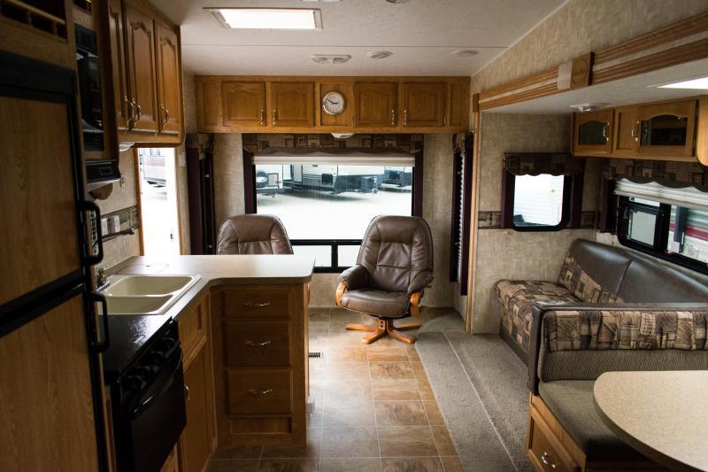 2008 Cherokee Lite 275L 5th Wheel Travel Trailer