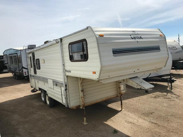 GREAT HUNTING SHACK - 1990 Prowler Lynx 245H Fifth Wheel Campers RV