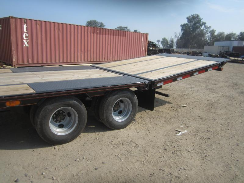 2017 Maxxd Trailers 102- MAXXD HYDRAULIC DOVETAIL WITH DUALS Equipment Trailer