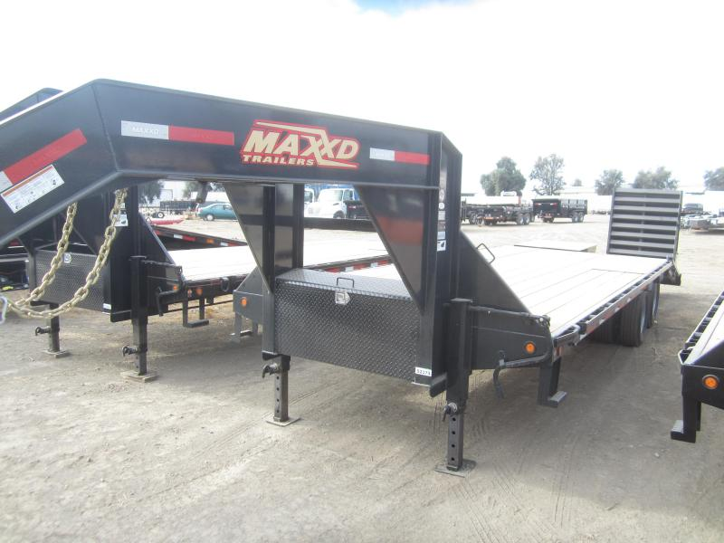 2018 Maxxd Trailers 32X102 GN LO-PRO DUALS Equipment Trailer