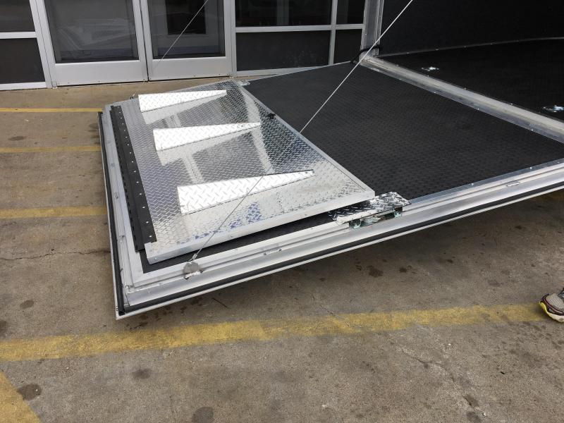 2018 Cargo Mate Eliminator Aluminum 28' Racing Trailer