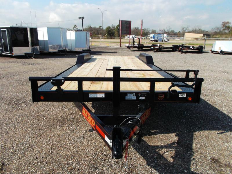 2018 Maxxd 102x24 10K Car Hauler / Flatbed Trailer / Equipment Hauler / Powder Coated / 5200# Axles / Drive Over Fenders