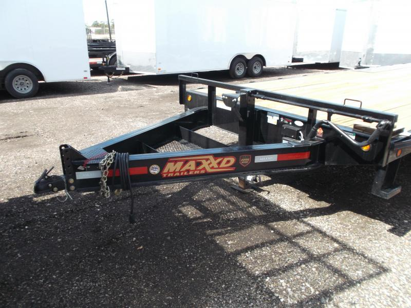 2019 Maxxd 102x24 14K Deckover / Flatbed Trailer / Equipment Hauler / Powder Coated / 7K Axles / LEDs