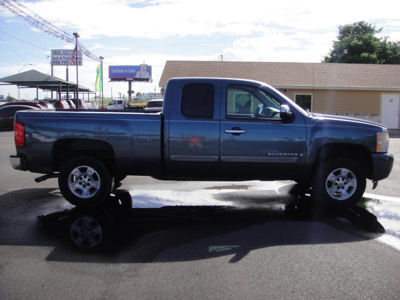 2008 Chevrolet SILVERADO 1500 Truck