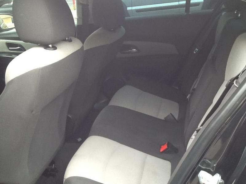 2014 Chevrolet Cruz Car