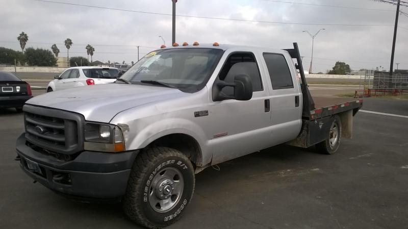 2003 Ford F-350 4X4 FLAT BED Truck