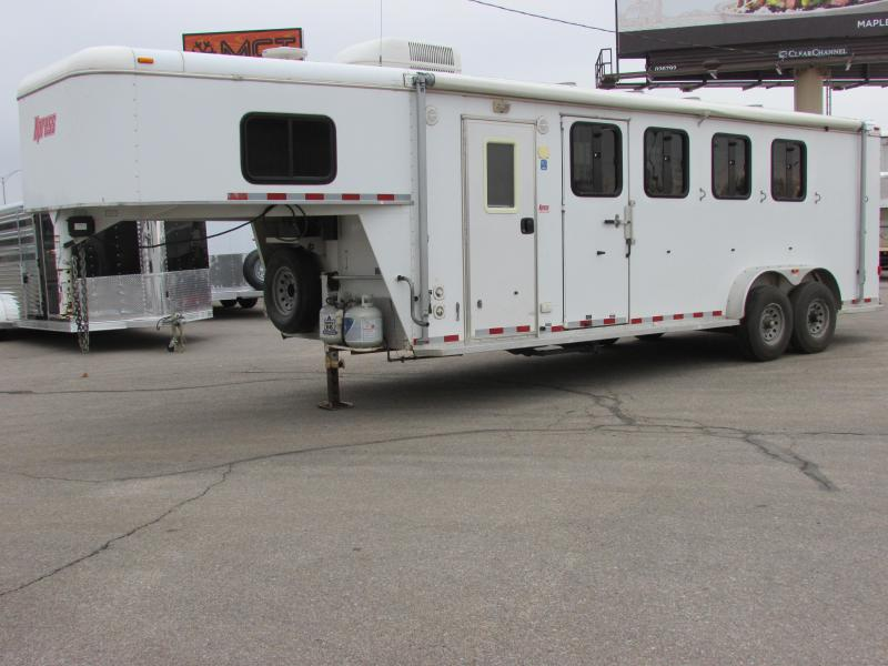 2007 Xpress Trailer Group 4H LQ Explorer Horse Trailer