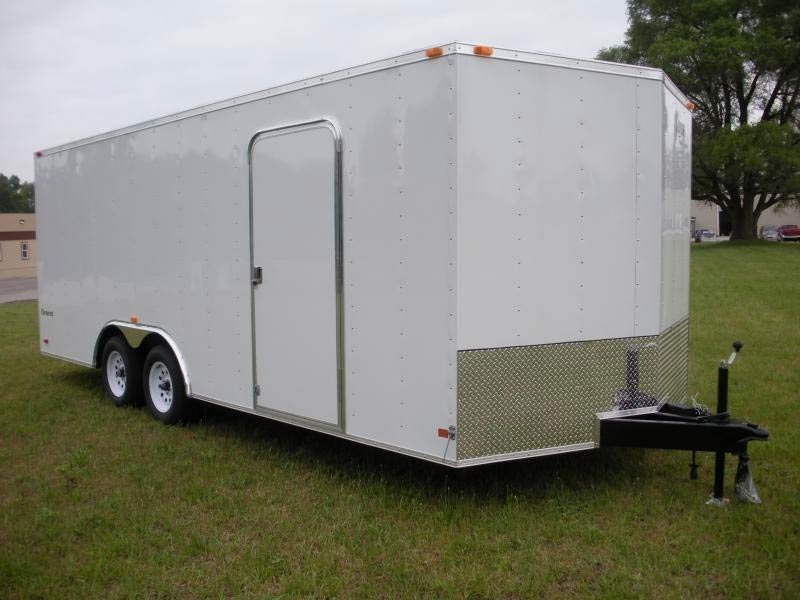 LOOK 2017 ELEMENT 8.5' x 18' FLAT TOP ENCLOSED TRAILER