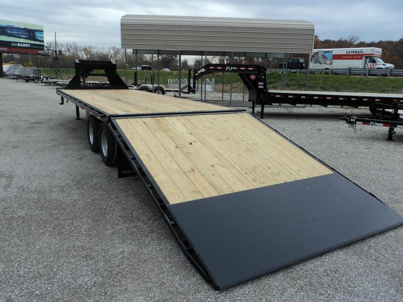 2018 PJ Trailers 32 HYDRAULIC DOVETAIL GOOSENECK Equipment Trailer