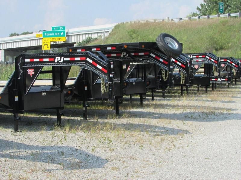 2018 PJ Trailers FD 32 Monster Ramps Gooseneck Equipment Flatbed Trailer