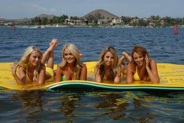 6 X 18 Aqua Lily Pad Floating Mat For Lake Ocean Hitch