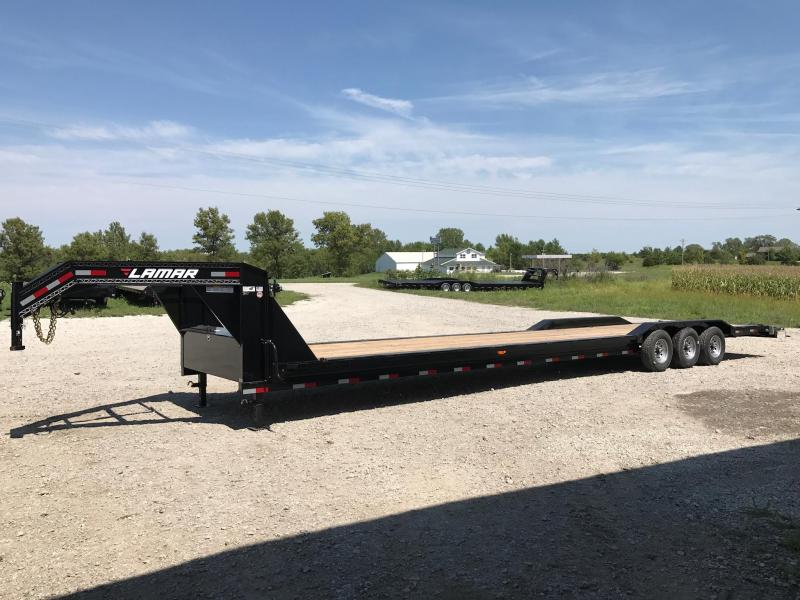 2017 Lamar gooseneck equipment hauler