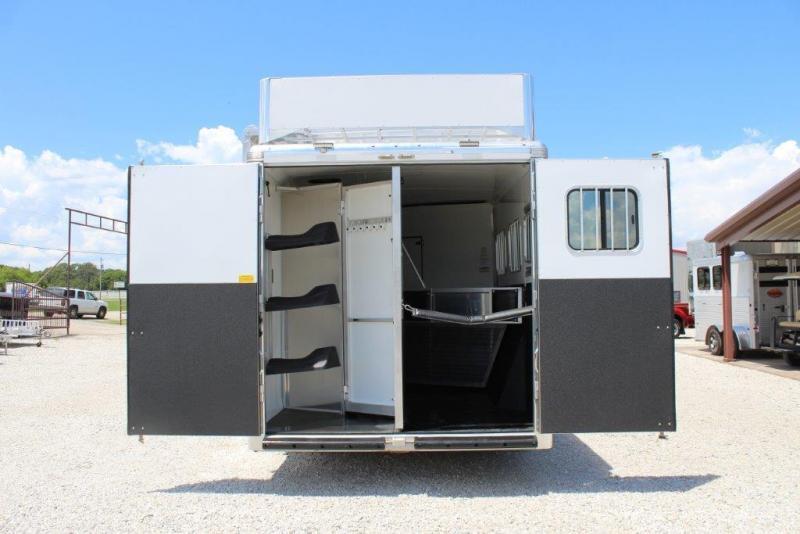 2018 Sundowner 3 Horse with 11' Living Quarter