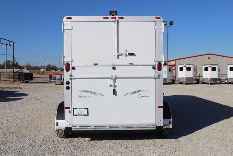 2000 Sundowner 2 horse straight load gooseneck