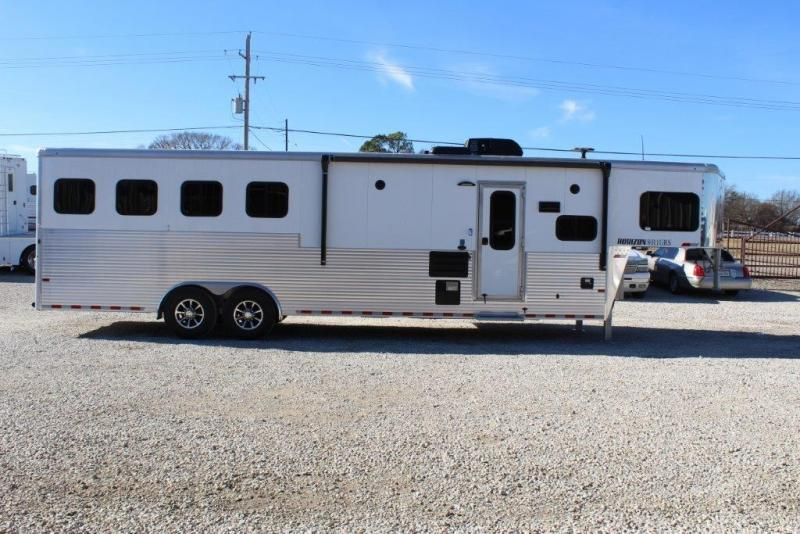 2018 Sundowner 4 Horse With 11 6 Living Quarter Utility Flatbed
