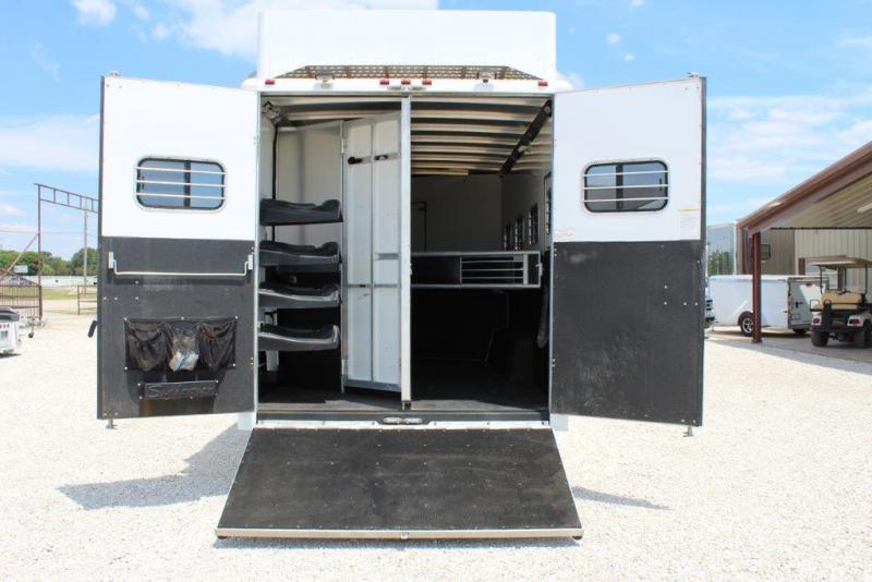 2005 Sundowner 4 horse with 13' LQ with Slide Out