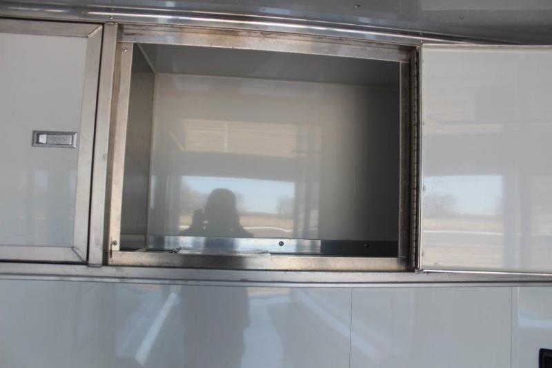 2018 Sundowner 26' Stacker Bumper pull