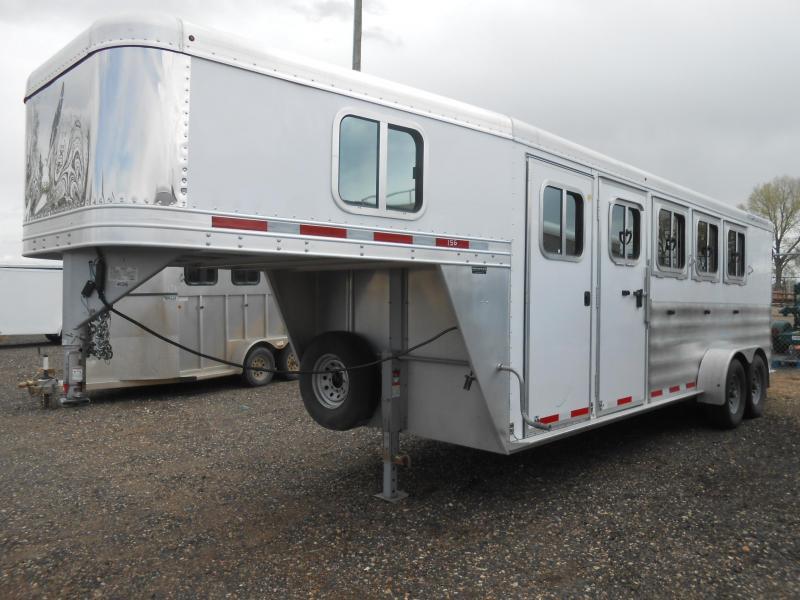 2011 Featherlite 8533 - 4 Horse Gooseneck Slant Horse Trailer