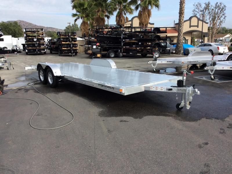 2018 Featherlite 3182 8.5' X 22' Car / Racing Trailer