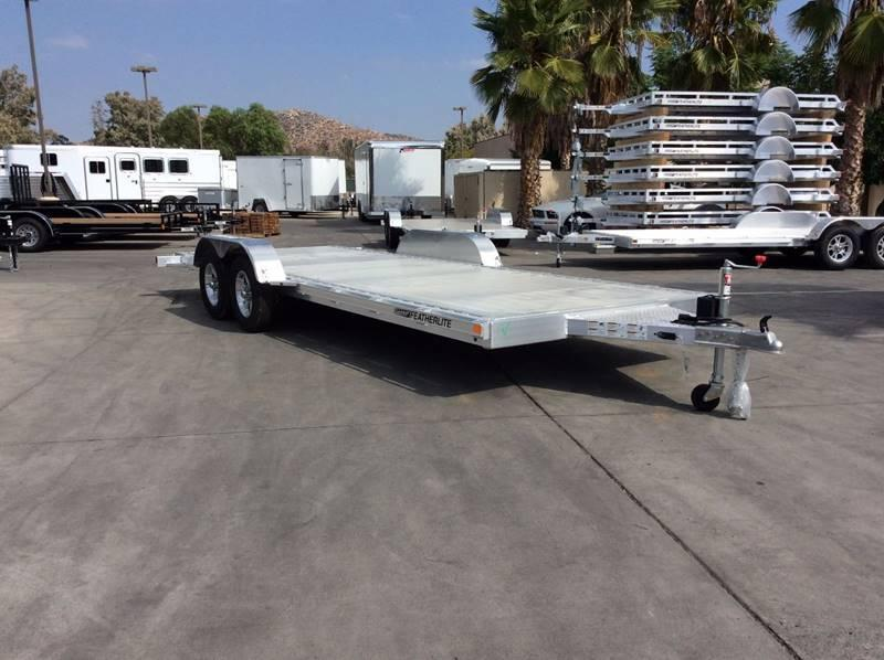 2018 Featherlite 3182 8.5' x 20' Flatbed Car Trailer