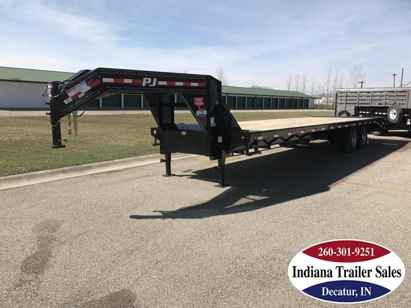 "2018 PJ Trailers FDR32 102""x32' Equipment Trailer"