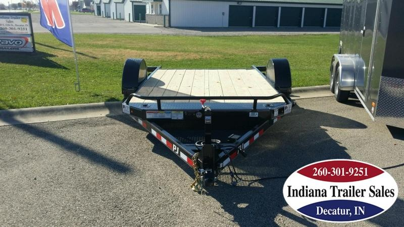 2018 PJ Trailers T1131 Equipment Trailer