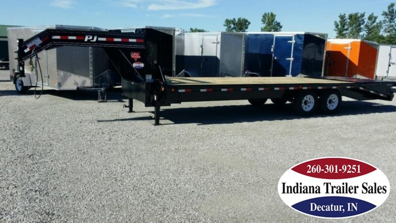 "2018 PJ Trailers fsr2572 102""x25' Equipment Trailer"