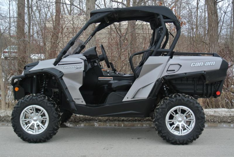 2014 CAN-AM COMMANDER 1000 XT (METALLIC) Sport Side-by-Side #1181