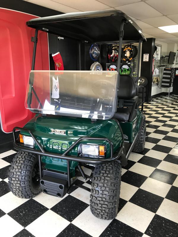 2017 Club Car XRT 850 Gas Golf Cart