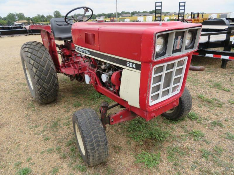 Used International Harvester 284 Compact Tractor