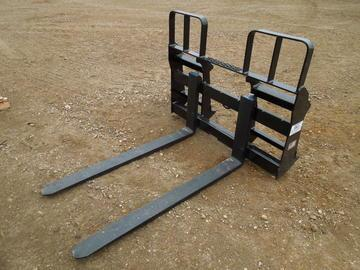 Loaders / Skid Steer Attachments   Farm Equipment and