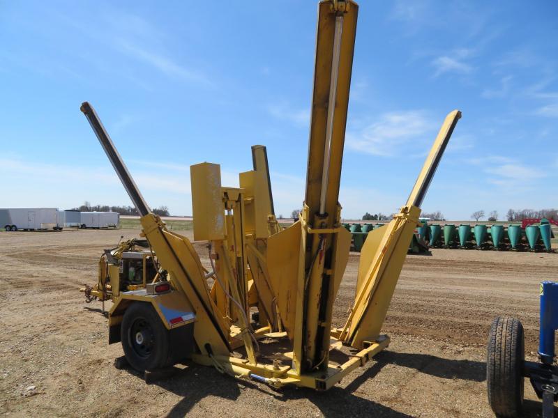 Trailer Mounted Tree Spade | Farm Equipment and Trailer