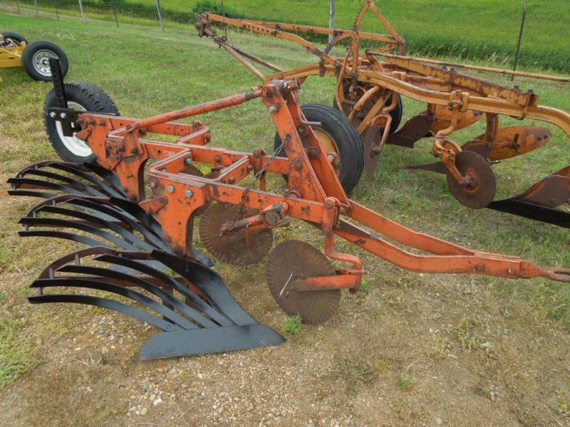 Used Allis Chalmers AC 3 Bottom Mounted Plow