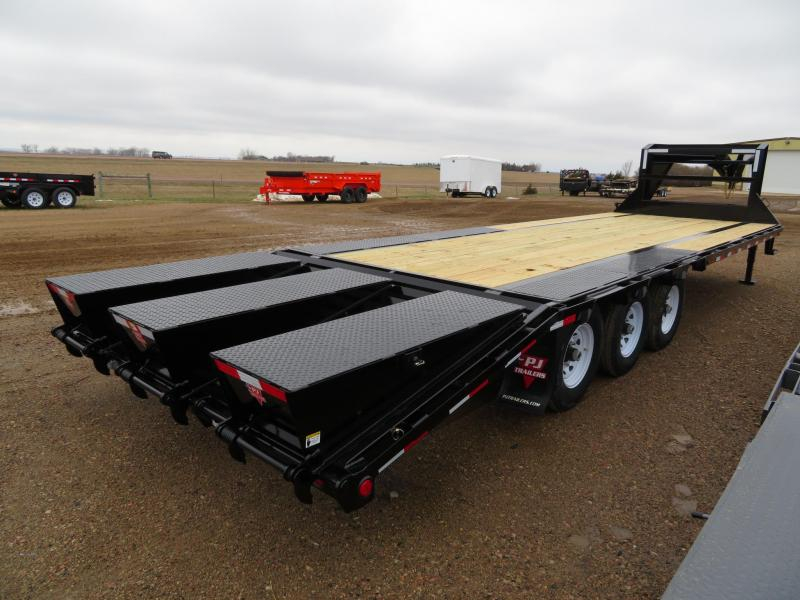 2020 PJ Trailers 28 Low Profile Gooseneck Trailer