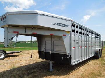 New 2018 Titan Standard 24 GN Stock Trailer