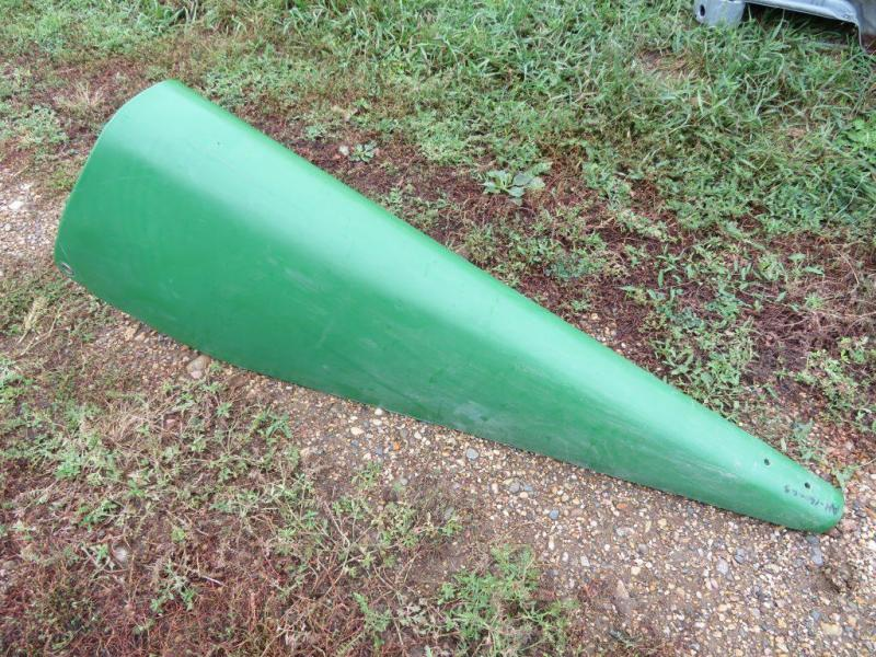 """Used John Deere 90 Series 20"""" / 22"""" Gathering Point / Cornhead Snout - Part Number AH146346 ( subs to AH160063 )"""