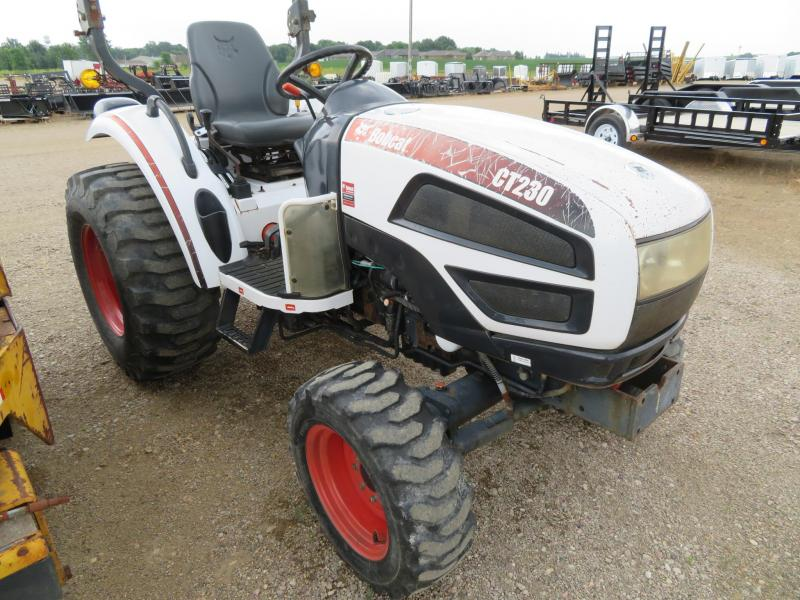 Bobcat CT230 Compact Utility Tractor | Farm Equipment and
