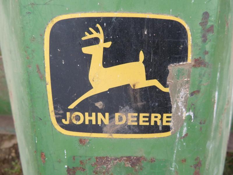John Deere #78 8' 3 Point Blade
