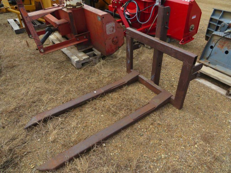 Used 3 Point Bale Fork / Pallet Fork