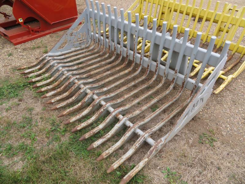 Used MDS 72 Skid Steer Rock Bucket