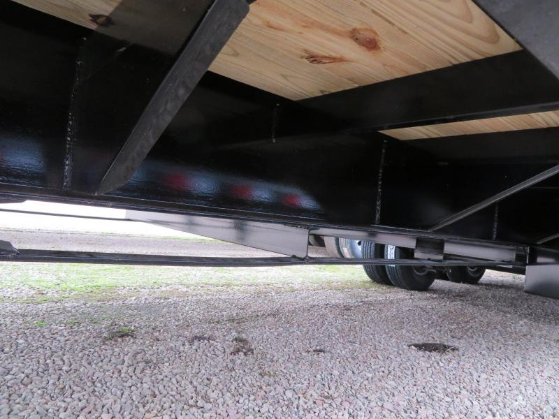 2019 PJ Trailers 32 Low Profile Hydraulic Tail Gooseneck