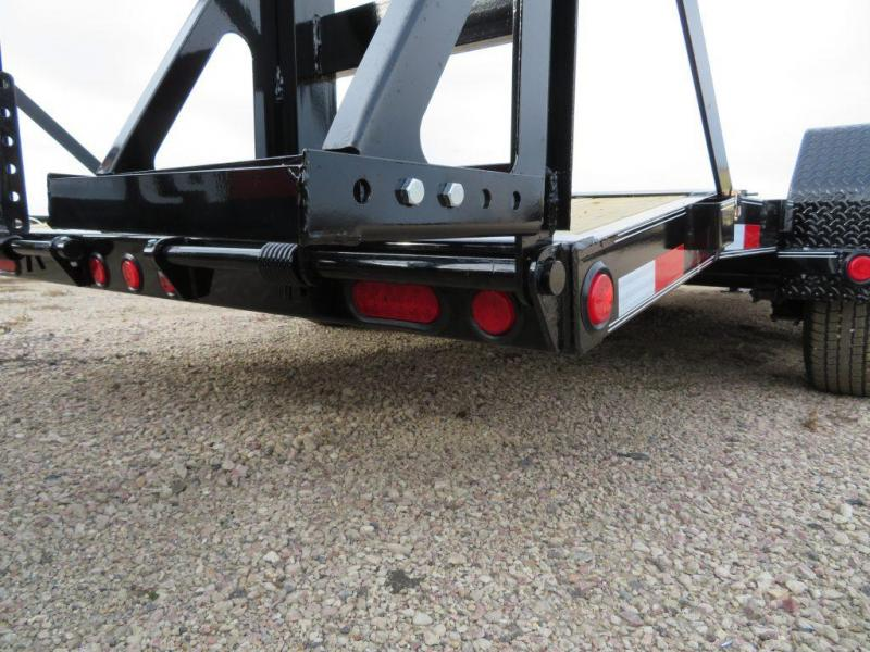 2019 PJ Trailers 18 Equipment Trailer