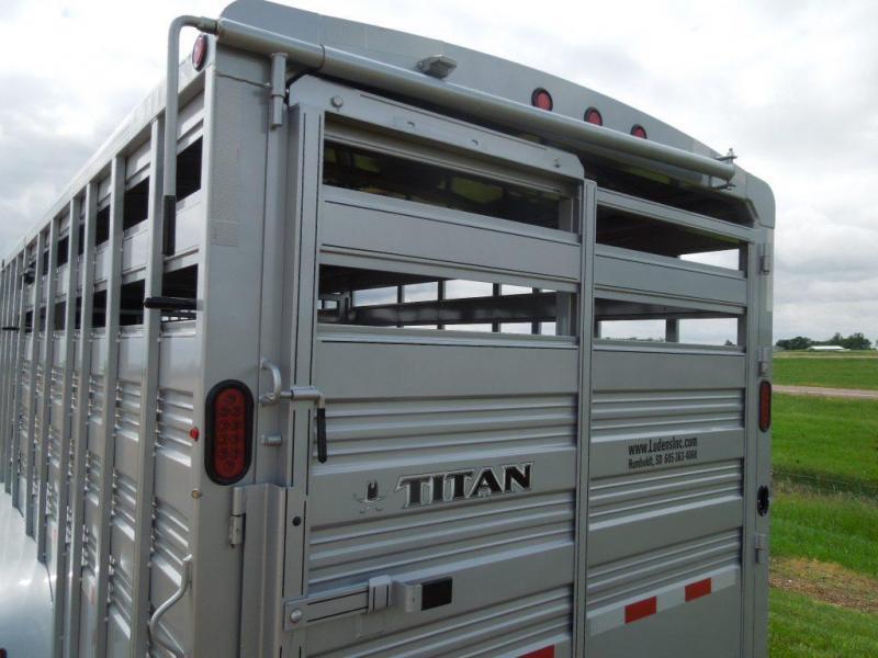 New 2018 Titan Standard 30 GN Triple Axle GN Stock Trailer