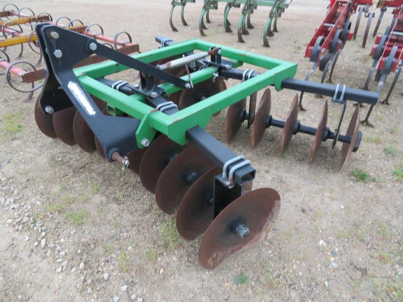 Farm Equipment | Farm Equipment and Trailer dealer in Sioux