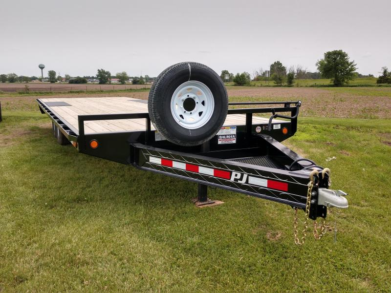 USED 2019 PJ Trailers F8 Flatbed Trailer