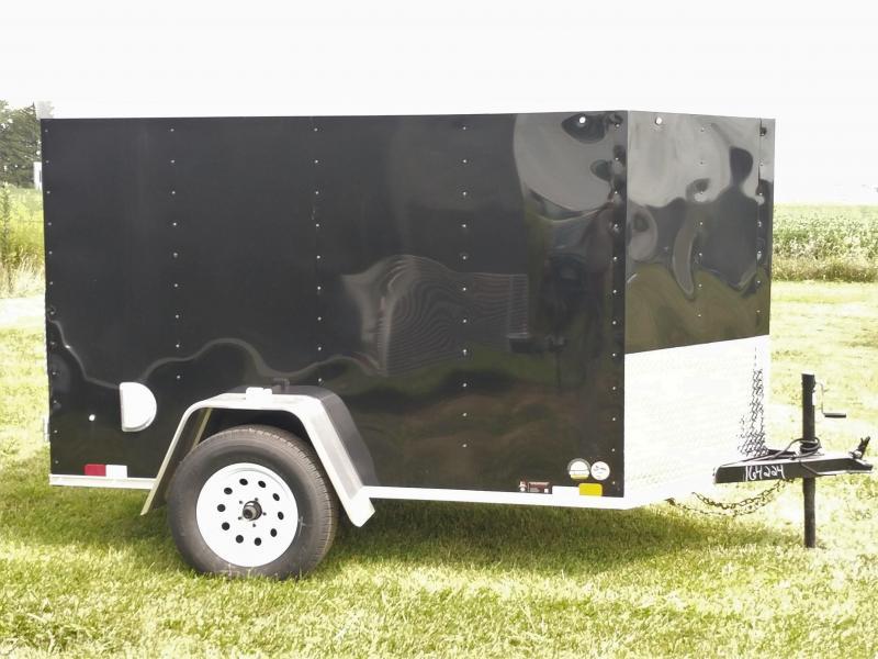 2018 United Trailers XLV 5 x 8 ft. Enclosed Cargo Trailer